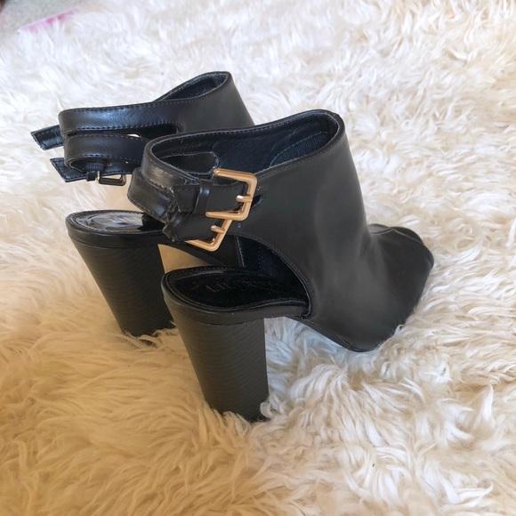 5b06756986 Liliana Shoes | Sage Peep Toe Booties Nwot | Poshmark